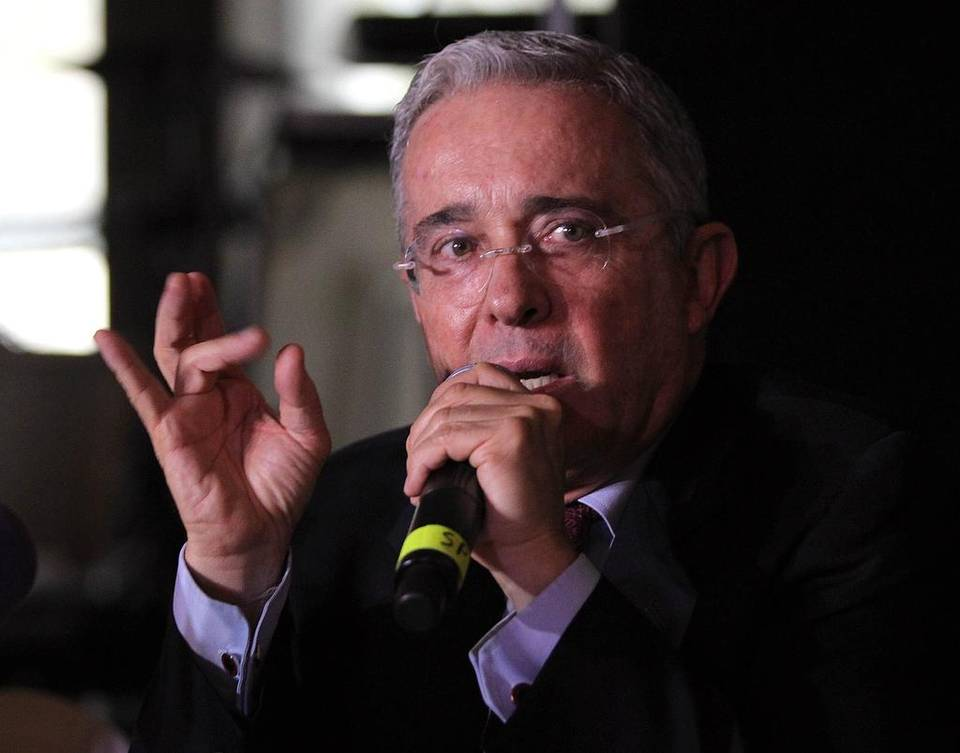 «Otra medida para que se acabe la politización de la justicia es evitar protagonismo de jueces y magistrados» Entrevista Caracol Radio 10 junio, 2020
