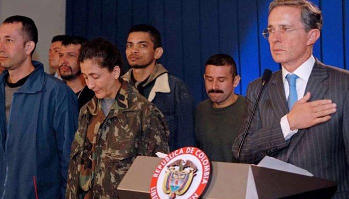Discurso de Álvaro Uribe Vélez en 'Conversatorio 12 años de la Operación Jaque'