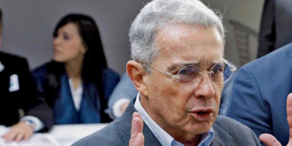 Uribe defiende su tesis de reducción de jornada laboral