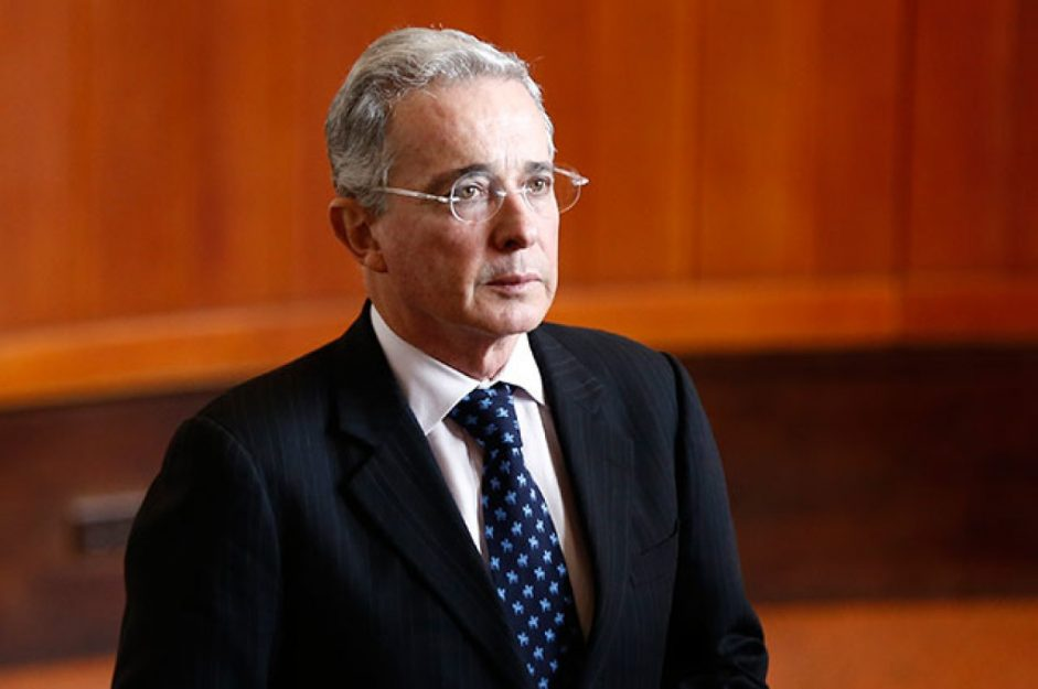 La constancia de Álvaro Uribe a la Corte Suprema