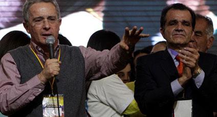 AUDIO «Óscar Iván Zuluaga no permitirá que los terroristas sigan jugando con Colombia», Uribe