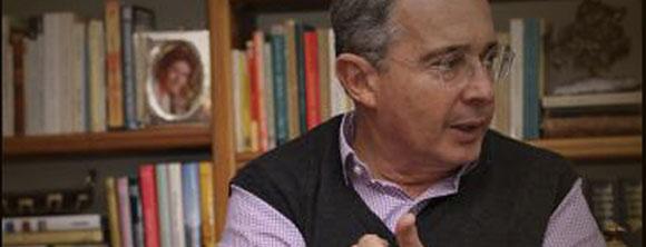 «Justicia Militar debe tener conocimiento de una conducta militar», Uribe