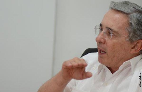 Declaración del expresidente Uribe, al termino de una reunión con senadores del Partido de la U, Comisión Primera