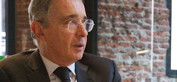 «Santos debería ir a la cárcel por engañar a su electorado» Álvaro Uribe