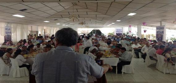 Hay un gran rechazo por decisión del Gobierno de negociar el tema de la tierra con las Farc, advierte Uribe