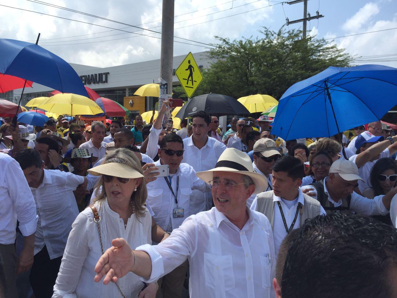 "Discurso/ ""Terrorismo triunfante ha logrado que le aprueben toda su agenda"": Expresidente Uribe"